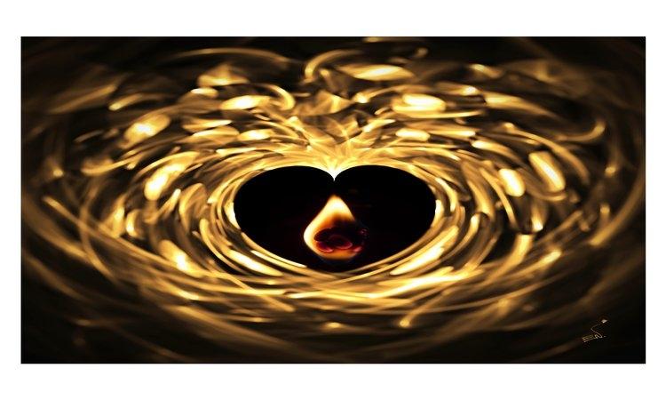 Αγάπη χωρίς πόνο είναι χρυσός χωρίς λάμψη.